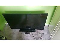 Panasonic TX-43D302B HD TV with remote