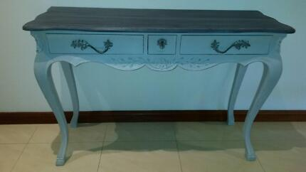 WOW MAGNIFICENT SHABBY CHIC FRENCH PROVINCIAL TABLE