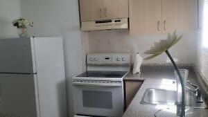 1-BEDROOM APARTMNT,Spt. ENTR, IN HOUSE@ EGLINTON /HURONTARIO