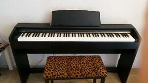 Casio electronic keyboard/piano in an excellent condition