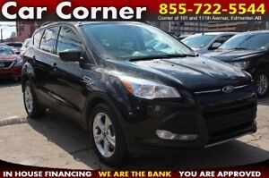 2014 Ford Escape SE 4WD/LOADED/FUEL EFFICIENT/HEATED LEATHER