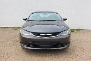 2015 Chrysler 200 Ltd LOW KM/EFFICIENT/FACTORY WARRANTY/$199 B/W Edmonton Edmonton Area image 2