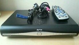 3D Digital sky HD box complete with remote control