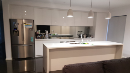 Room available in brand new 2 storey house in Scarborough