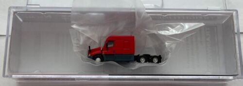 N-Scale Trainworx Freightiner Cascadia Midroof Red Tractor Part # 42533