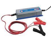 Kfz Batterieladegerät