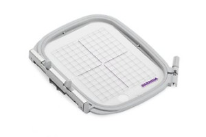 Genuine Bernina Medium hoop #0308717000