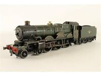 Airfix 00 gauge model train 54125-sas05 Nunney Castle fittrd with Hornby Chassis
