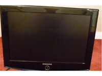 "Free delivery 6 m guarantee SAMSUNG 32""HD LCD TV with wall bracket"