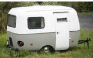 WANTED/Looking to buy old travel trailer