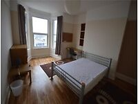 Spacious 7 Bedroom Student House - Great for Marjons Students!