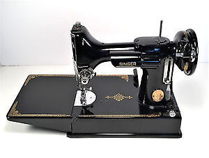 Looking for SINGER FEATHERWEIGHT SEWING MACHINE