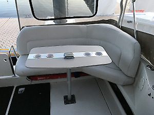Great deal for 1996 Carver Power Cruiser Yacht