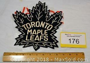 Vintage logo Toronto MAPLE LEAFS large embroidered hockey jacket crest