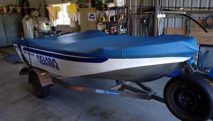 Quintrex 385 Explorer Boat