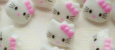 Lot de 10 boutons HELLO KITTY