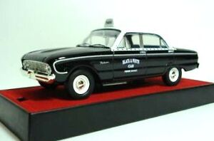 Trax 1/43 TR26H 1960 XK FORD FALCON  Black and White Taxi