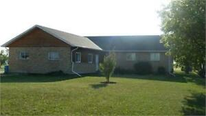 4 BR House on Blackdale in Stony Mountain, Available Immediately