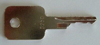 5 D250 Case-ih Bobcat Ingersol-rand Equipment Ignition Start Starter Keys