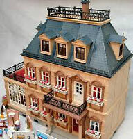 Playmobile Victorian Mansion (doll house)