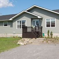 LARGE COUNTRY HOME FOR RENT. * NEAR KEMPTVILLE**