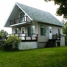 Chalet-Maison(St-Stanislas)12 mi. ST-TITE 418-842-5600