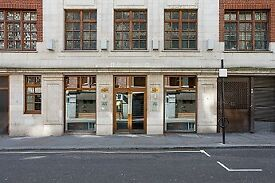 Modern furnished Co-working office space at London, Piccadilly Circus