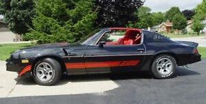 WANTED 1981 CAMARO Z28 - 350 4 SPD