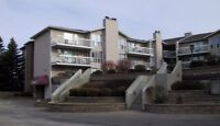 1 BEDROOM APARTMENT-Move In Now, Pay Rent Oct.1/15