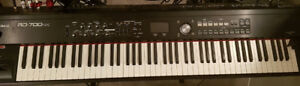 Roland RD-700 NXStage Piano. Excellent condition!!
