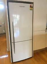 fridge freezer 440 fisher& paykel 2 yrs use can deliver Caringbah Sutherland Area Preview