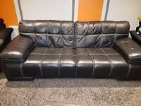 Beautiful 3 seater leather couch