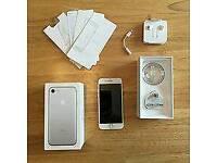 I phone 7 in silver 128gb on O2