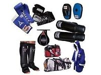 MANUFACTURER & SUPPLIER OF CUSTOMIZE BOXING EQUIPMENTS/GEARS & GARMENTS