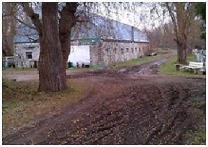 PICKERING 4.8 ACRES 16 STALL HORSE BARN FOR RENT