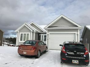 170 Ladysmith Dr.–FREE Rent for February!! 3 Bedroom Main Floo