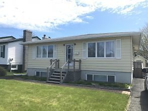 6 Rutledge Cres – Fully Furnished Single Family Home In East E