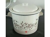 Russell Hobbs Slow Cooker, country style design, compact, 1-2 person