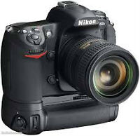 Like New Nikon D300s with Grip - NEW SHUTTER