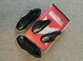 Jordan 11 blacl