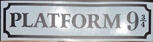 Platform 9 3/4 Sign wall art matt black 12