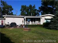 FOR SALE OR RENT- 2856+/- sq ft Bungalow Near Penhold