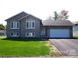 Homes for Sale in Avon Heights, Deep River, Ontario $375,000