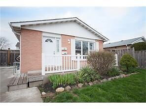 Cozy, well maintained 2-unit back split in Thorold