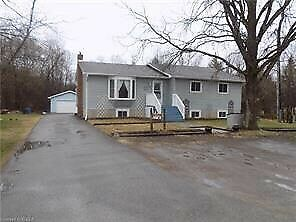 Three bedroom apartment for rent, Bobcaygeon