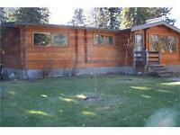 Cozy 4 Bedroom Log Home in NE Sundre
