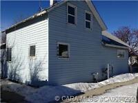 Elnora Home For Sale! Garage $109,000!