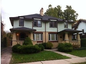 SUMMER SUBLET FOR MATURE STUDENT