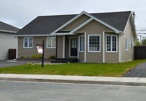 Beautiful 4 Bedroom Bungalow 8 Ivydale Place Paradise