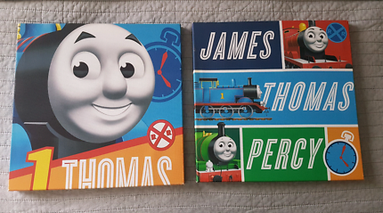 2x Thomas the tank Engine Canvasses Excellent Condition